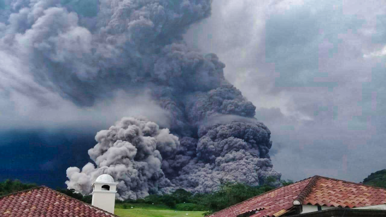 The Volcan del Fuego in Guatemala erupts suddently