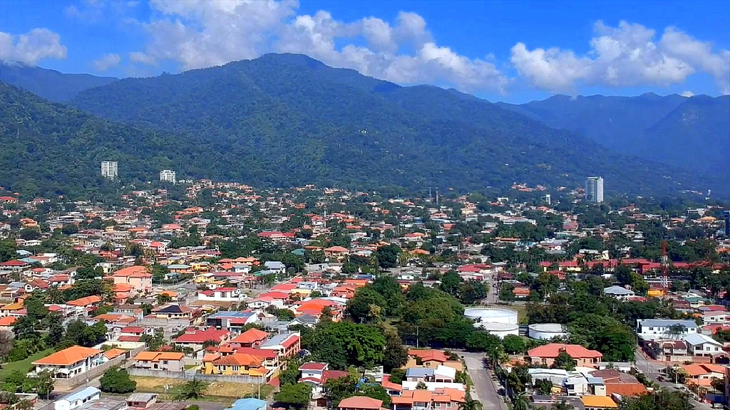 Inside Honduras Gang Territory